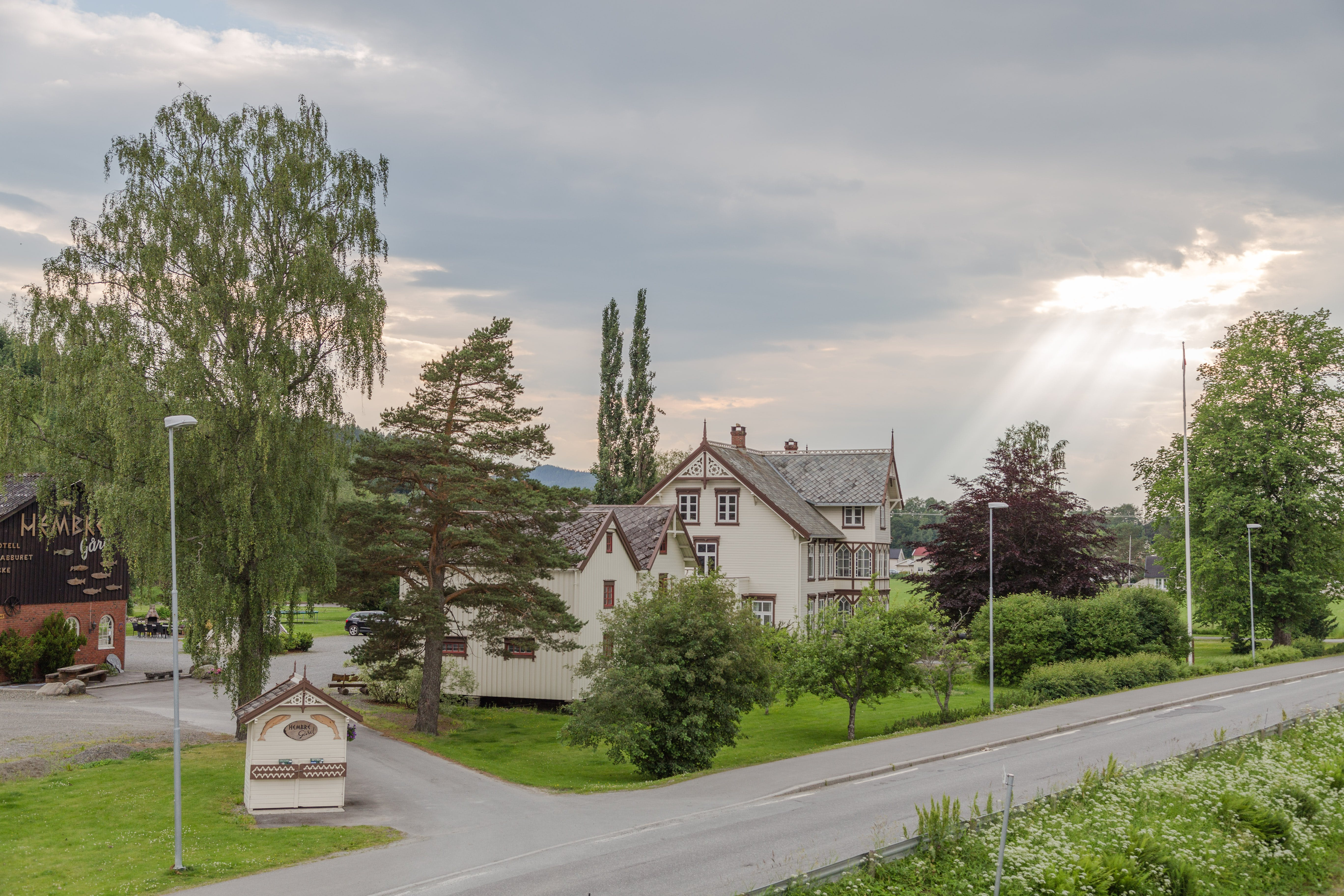 Hembre Gård is close to Trondheim Airport