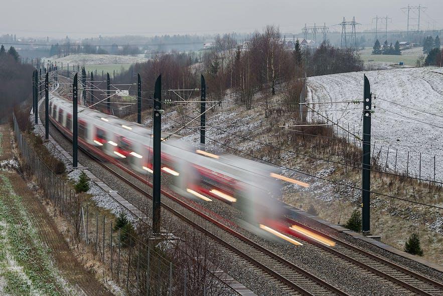 norway-oslo-nsb-train