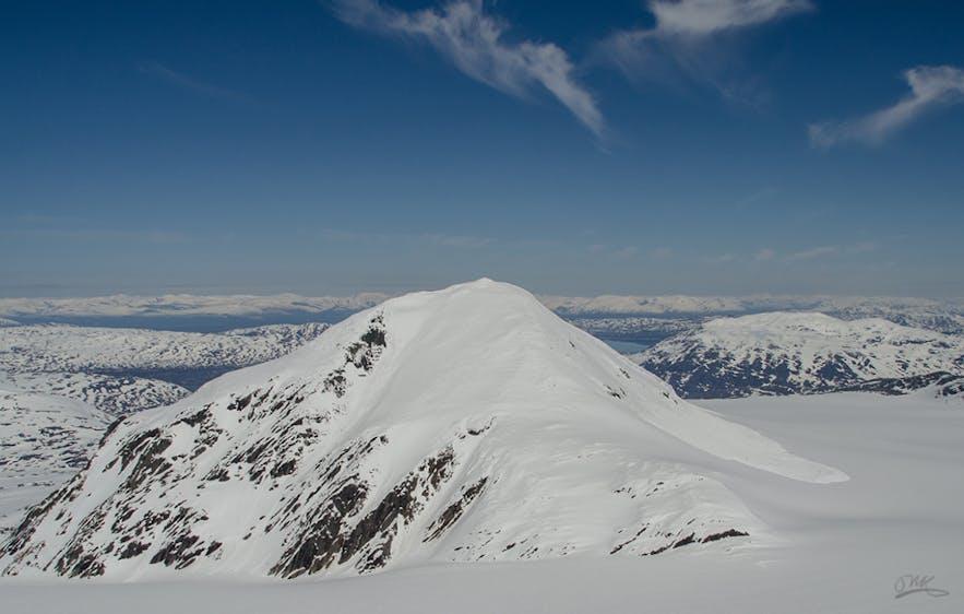 Okstindbreen, skiing throughout the summer