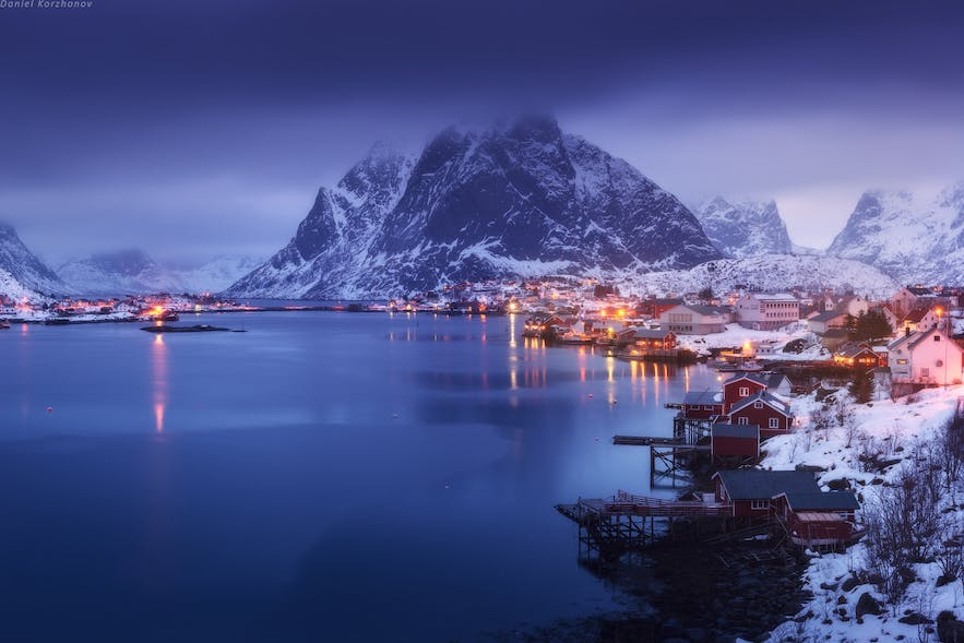 blue hour lofoten