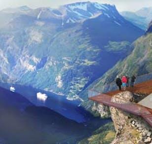 Dalsnibba Mountain Highlight Bus Trip   Geiranger Skywalk