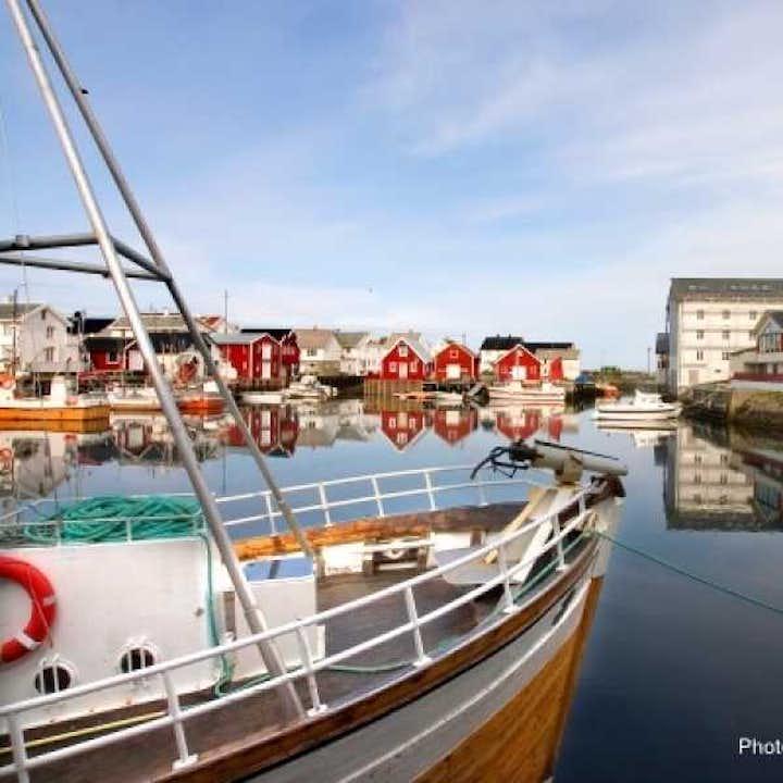 Round trip to Edøy & Veiholmen (Smøla) | Kristiansund Bus Tour