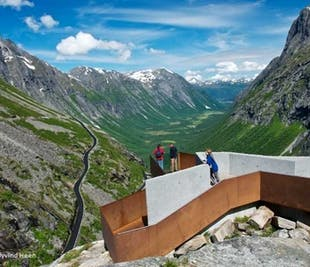 Round trip from Molde to Valldal, Trollstigen & Åndalsnes   Molde Bus Tours