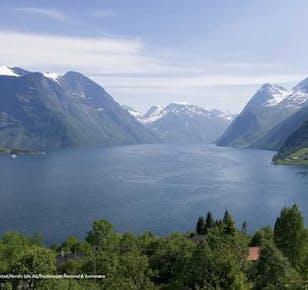 The Royal Fjord Route - Hjørundfjord & Geirangerfjord | Ålesund Bus Tours