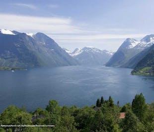 The Royal Fjord Route - Hjørundfjord & Geirangerfjord   Ålesund Bus Tours