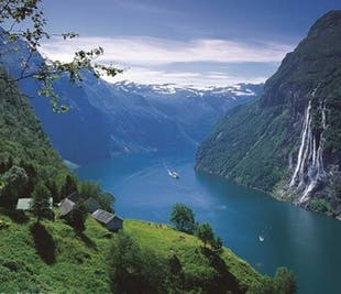 Round trip Geiranger - Dalsnibba | Geiranger Tours